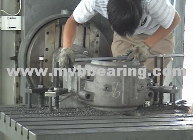 Inspect Bearing Housings